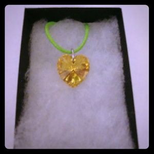 Jewelry - Garden Gold Crystal Heart Necklace
